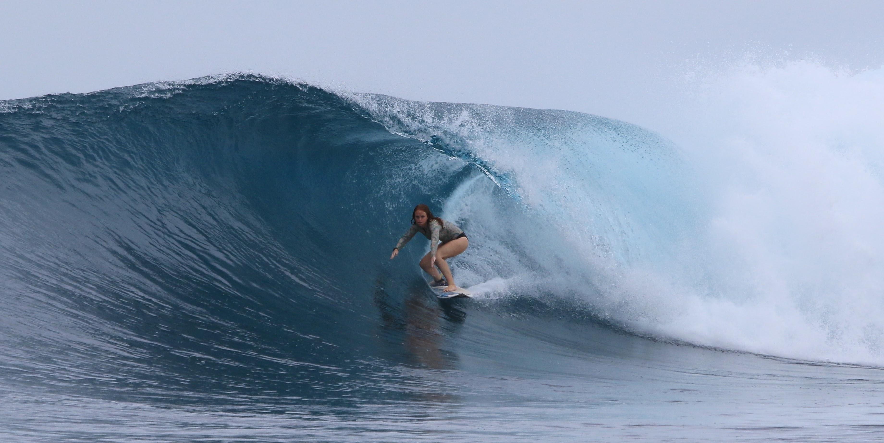 Grace Doyle Barrel  Billabong Team Rider. Female Pro Surfer.