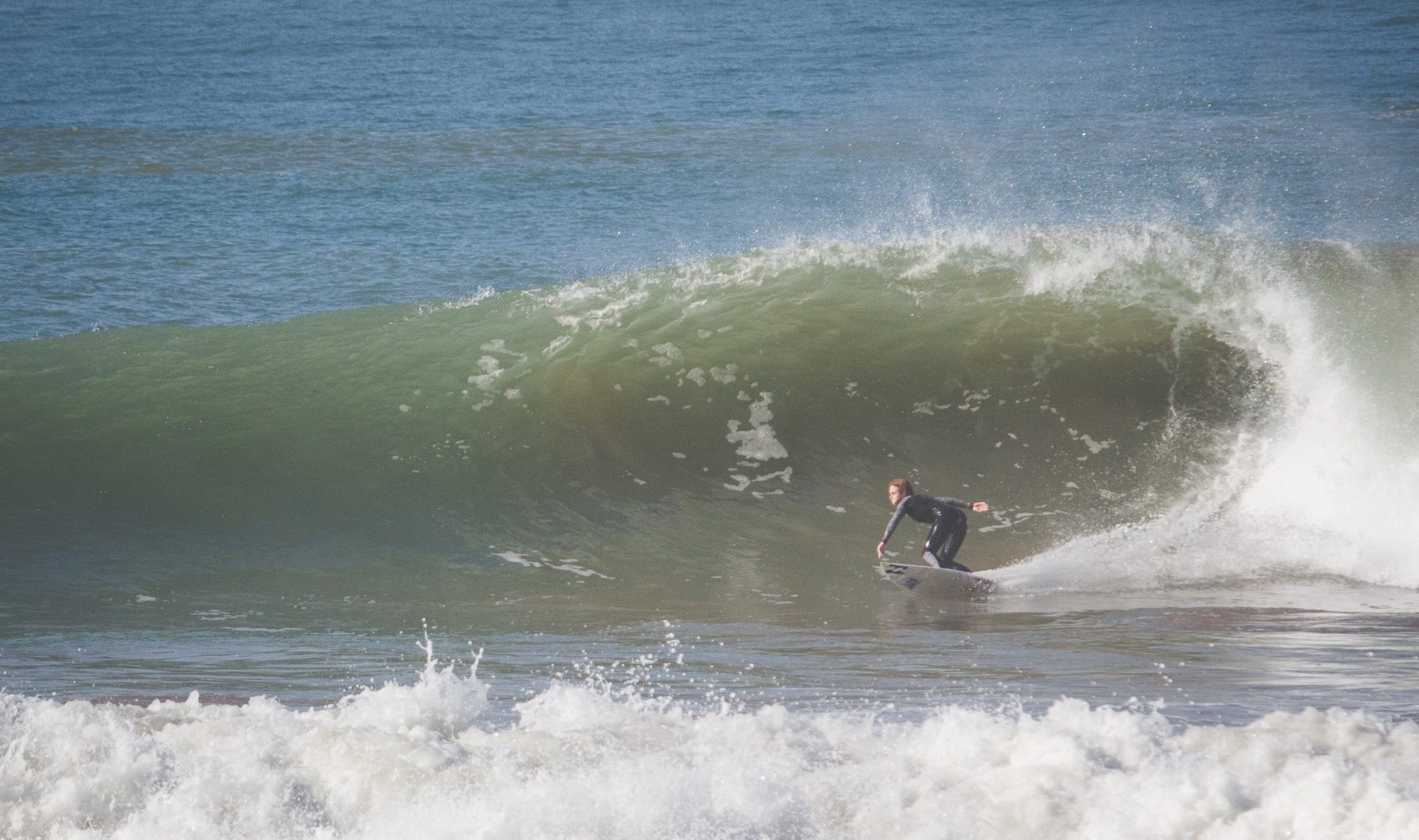 Grace Doyle. Shredding in Ireland.  Billabong Team Rider. Female Pro Surfer.